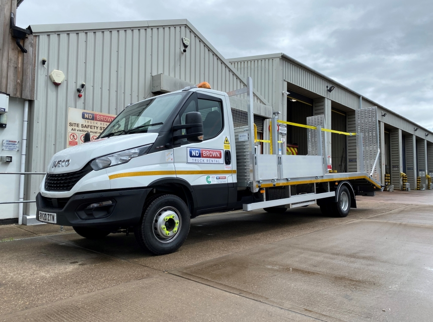 7.2/7.5 Tonne GVW Beavertail  image 1