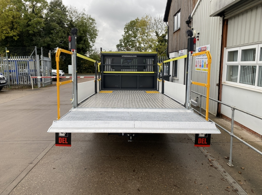 3.5 Tonne GVW Traffic Management Vehicle With Tail Lift