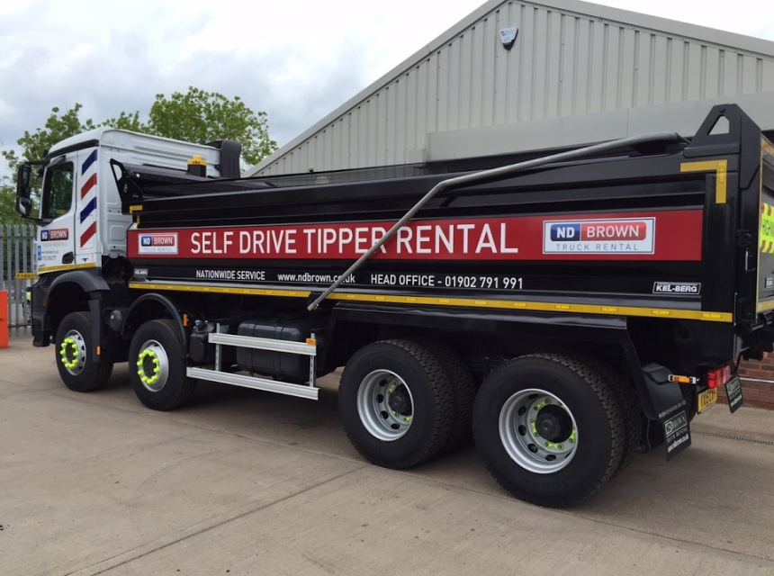 32 Tonne GVW Tipper Hire