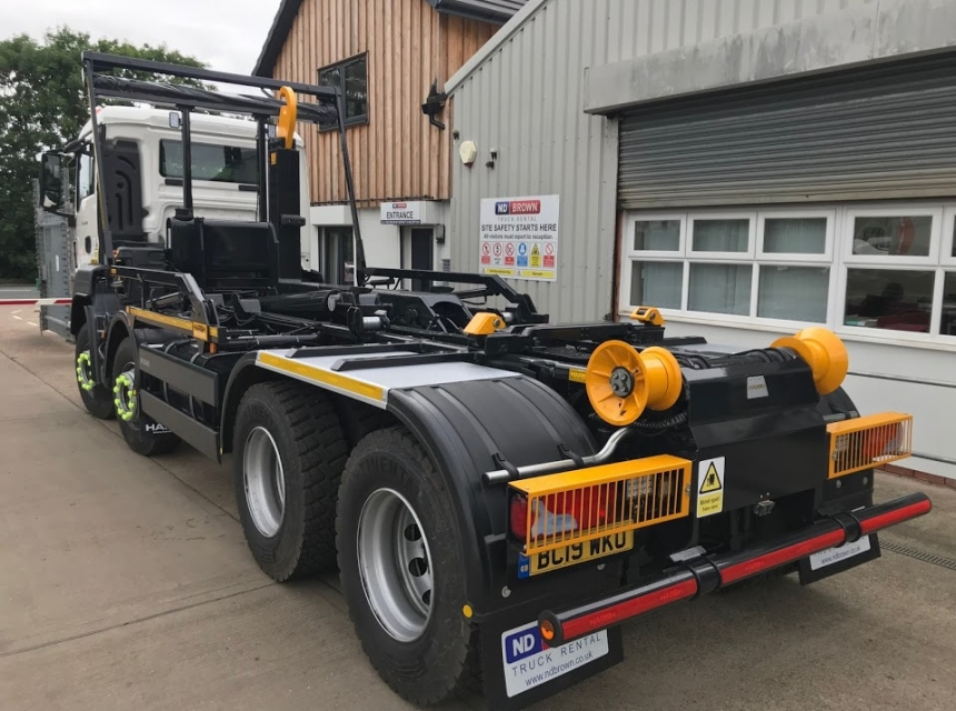 32 Tonne Hook Loader Hire - Side Rear