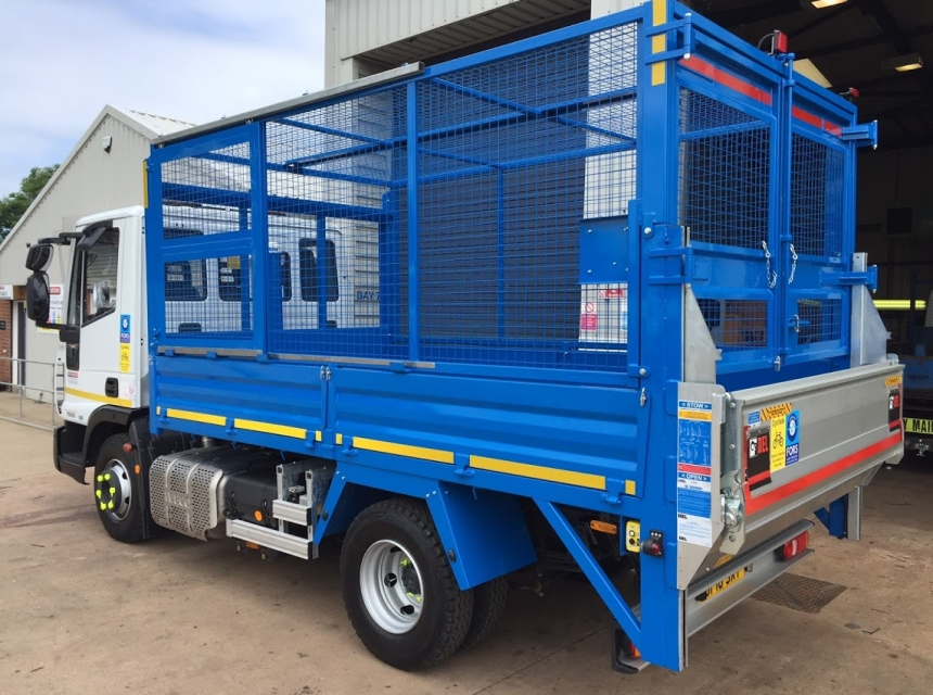 7.5 Tonne GVW Caged Tipper Back