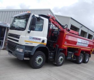 32 Tonne Grabs in Red – Grab Hire – N D Brown Ltd: thumbnail