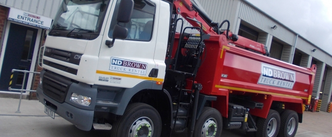 32 Tonne Grabs in Red – Grab Hire – N D Brown Ltd: thumbnail