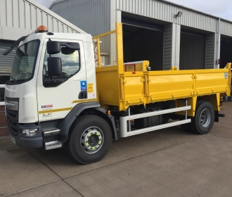 Supporting the Capital's Construction with Tipper Hire in London thumbnail