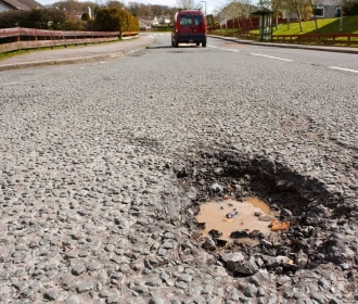 £6billion HGV Road Mending Opportunity thumbnail