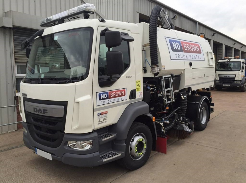 15 Tonne Road Sweeper