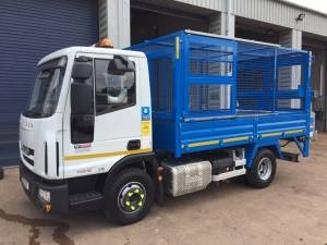 7.5 Tonne Cage Tipper With Tail Lift